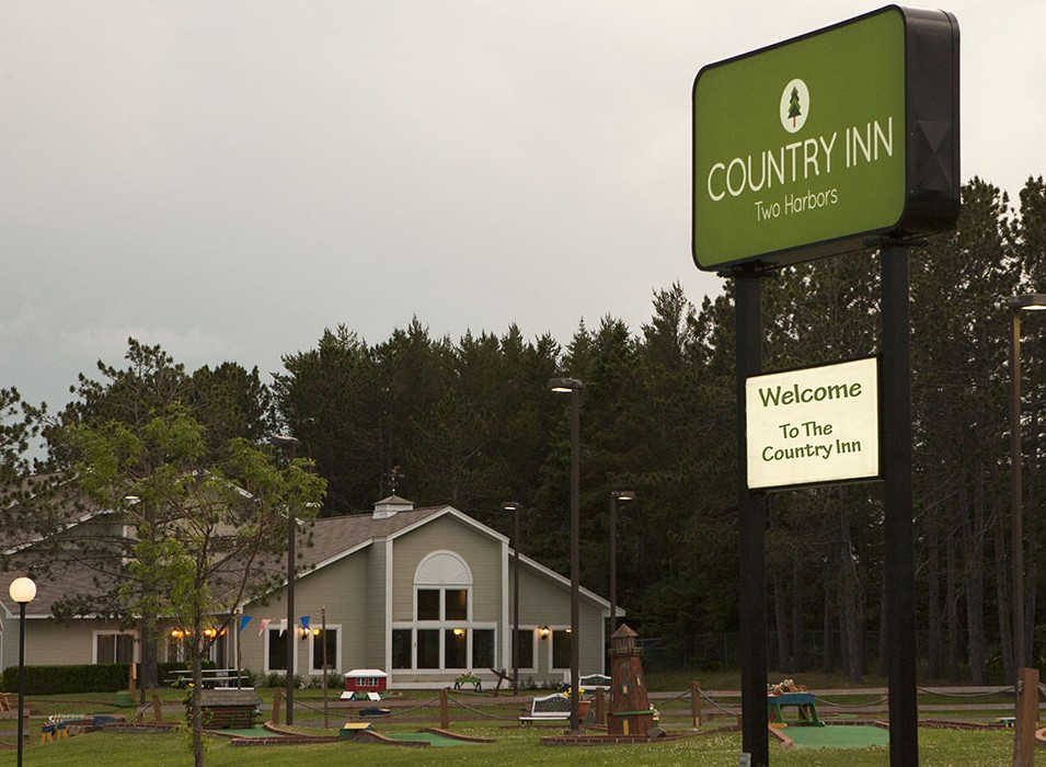 Contact Us at Country Inn Two Harbors