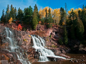 waterfall near two harbors minnesota