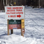 snowmobile-trail-sign